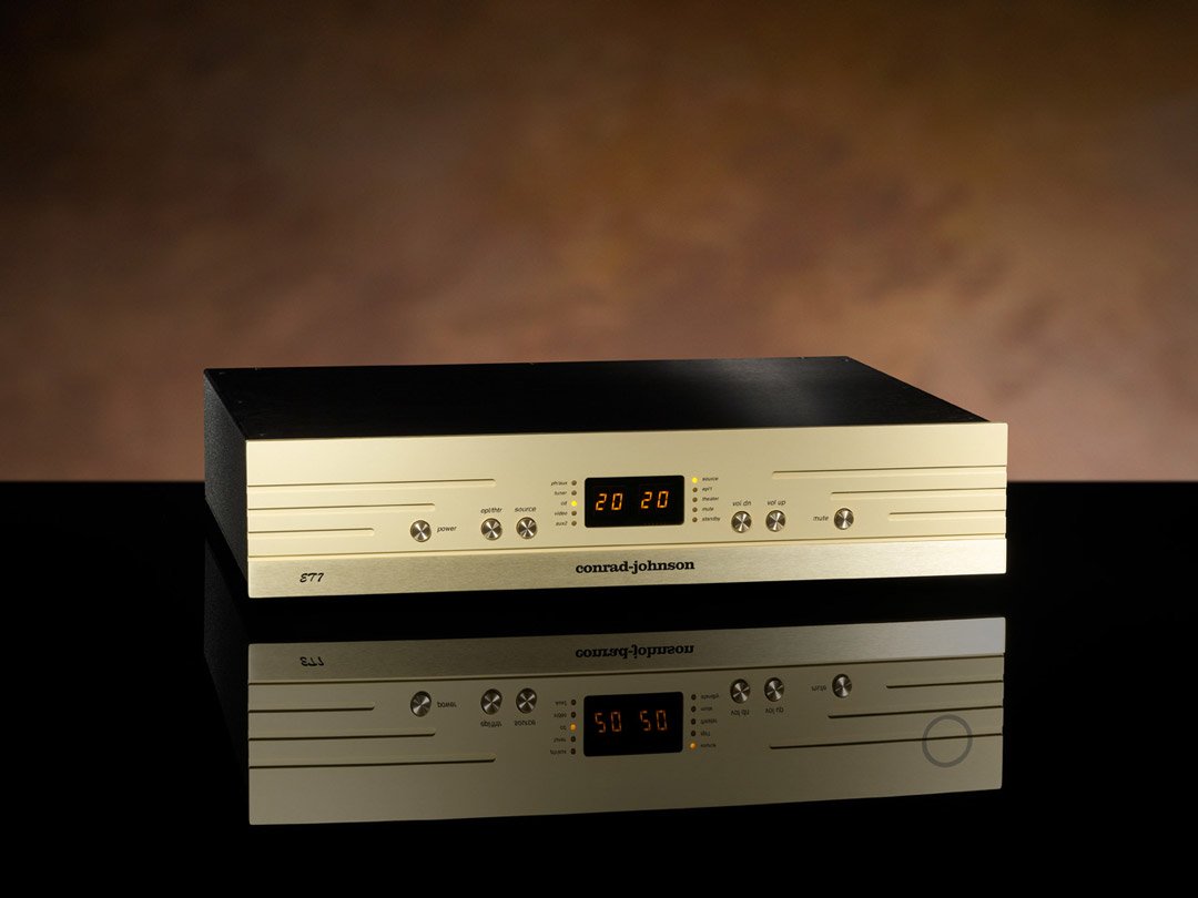 conrad-johnson ET7 preamplifier beauty