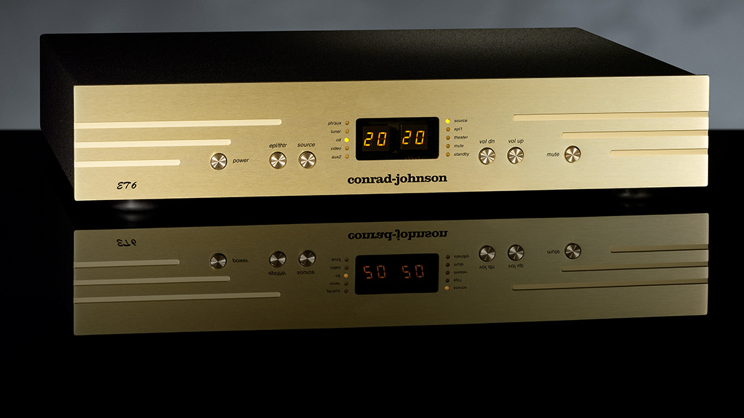 conrad-johnson ET6 Preamplifier beauty shot